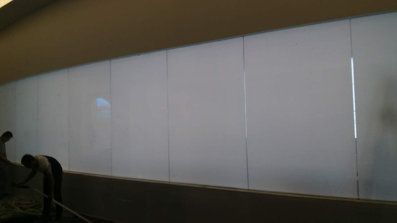 switchable glass for office glass partition. when power off,it is opaque.