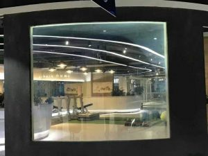 cuved switchable projection screen (3)