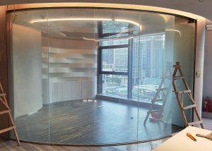 cuved smart glass for conference room